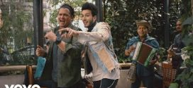Carlos Vives Ft Sebastian Yatra – Robarte un Beso (Oficial Video)